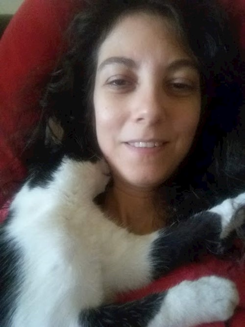 Madalina- petsitter București or Pet nanny for dogs cats